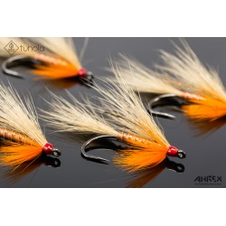 Red Coxy Streamer