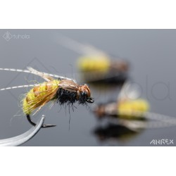 Yarn & Stretch Caddis Pupa...